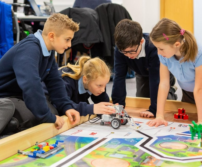 Supporting 80+ Schools through FIRST® LEGO® League: An interview with Ian Green from Nissan Skills Foundation